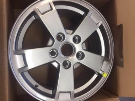 GENUINE HOLDEN VY S PACK SERIES 1 ALLOY WHEEL 16 X 7 BRAND NEW!!! Cardiff Lake Macquarie Area Preview