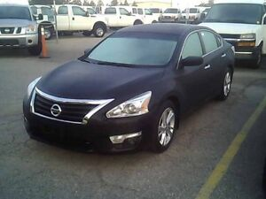 2015 Nissan Altima TEXT 519 965 7982 / QUICK & EASY FINANCING !!