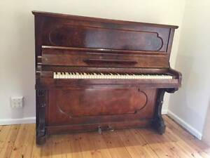 Antique piano for free Ainslie North Canberra Preview