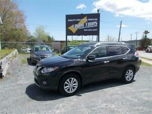 2015 Nissan Rogue SV AWD WITH MONROOF