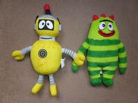 2 x Yo Gabba Gabba Soft Toys - Plex and Brobee