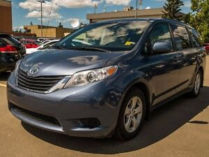 2014 Toyota Sienna LE, Heated Seats, Alloy Rims, Power Sliding D