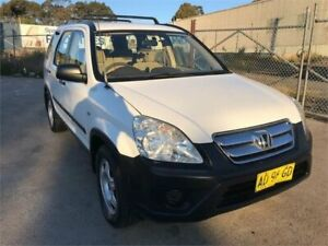 2005 Honda CR-V 2005 Upgrade (4x4) White 5 Speed Manual Wagon Chester Hill Bankstown Area Preview