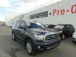 2016 Toyota Sequoia SR5 | 8 Passenger | Leather | Bluetooth