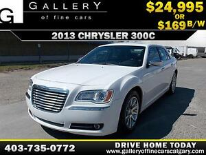 2013 Chrysler 300C HEMI V8 $169 bi-weekly APPLY NOW DRIVE NOW