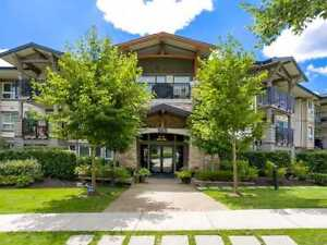Beautiful Fully Furnished 2 Bedroom Condo in Central Coquitlam