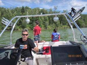 Excellent 2011 Senza 5.0 L 260 HP Boat and Trailer