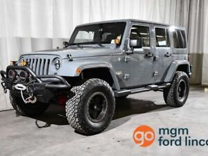2015 Jeep Wrangler Unlimited SAHARA 4X4 | 6 SPEED MANUAL