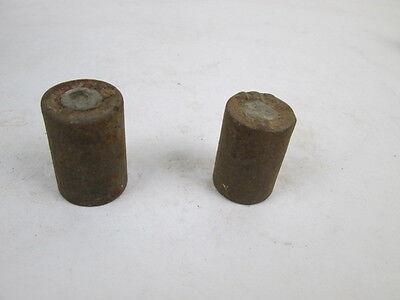 2 antike Gewichte, je 125 g, mit Eichzeichen.