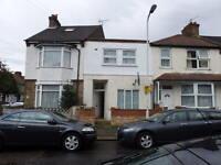 1 bedroom flat in Wellstead Road, East Ham, E6