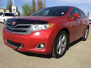 2013 Toyota Venza TOURING V6 AWD Leather,  Heated Seats,  Sunroo