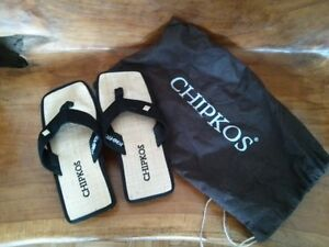 Brand New CHIPKOS size 6/7 black womens sandals and tote