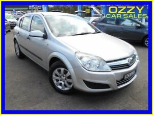 Holden astra ah my07 in new south wales gumtree australia free 2007 holden astra ah my07 cd silver 4 speed automatic hatchback fandeluxe Gallery