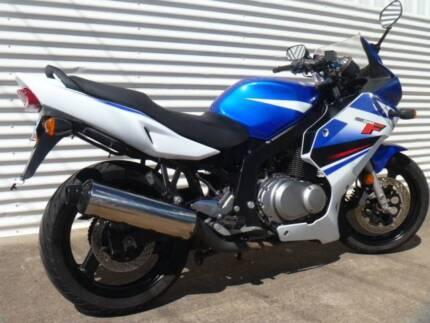 2010 suzuki gs500f for sale $2200