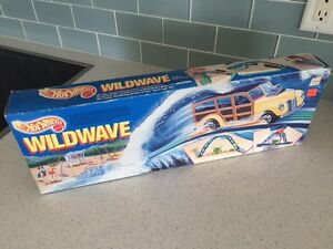 1990 HotWheels WildWave w/ '40s Woodie Unopened Old Store Stock