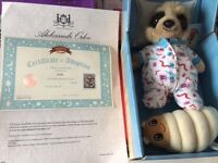 COLLECTABLE BRAND NEW BOXED BABY OLEG COMPARE THE MEERKAT SOFT TOY