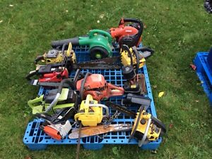 chainsaws and blowers for parts or repair $50.00 all Peterborough Peterborough Area image 1
