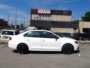 2013 Volkswagen Jetta 4cyl Leather Low KMS 100 Credit Approval