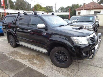 2014 Toyota Hilux KUN26R MY14 SR5 (4x4) Black 5 Speed Automatic Dual Cab Pick-up