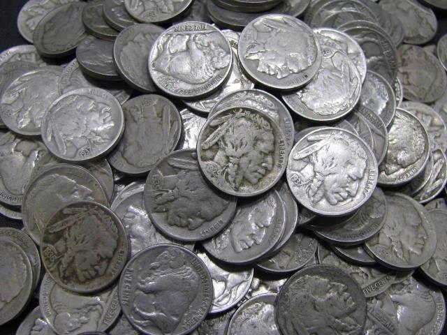 монеты из соц сетей фото ударом тревожил