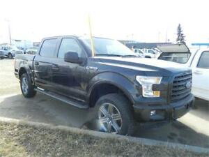 2015 FORD XLT 4X4 CREW  /20 000KMS FORD FACTORY WARRNTY