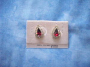 BRAND NEW: Pierced Earrings and Necklace Set. Red Stone