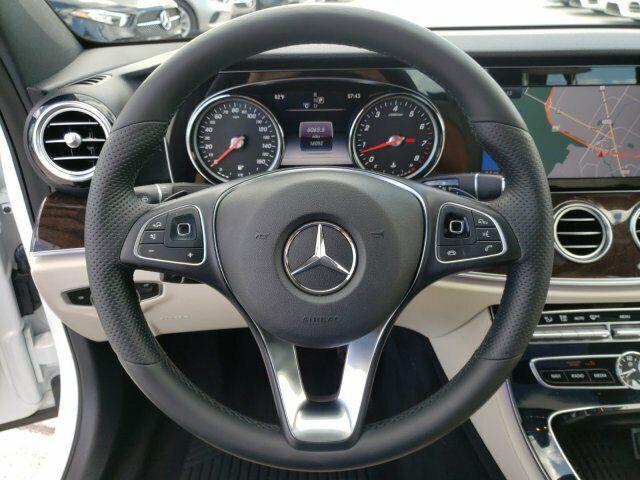 Image 5 Voiture Européenne d'occasion Mercedes-Benz E-Class 2017