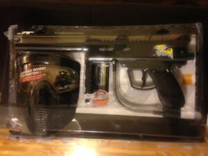 OutHast Paintball Set