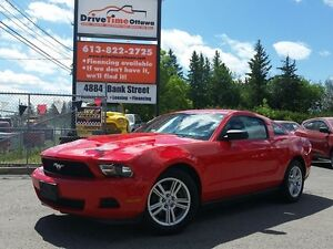 2012 Ford Mustang V6 AUTO