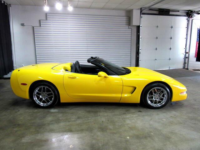 2000 Yellow Chevrolet Corvette Convertible  | C5 Corvette Photo 3