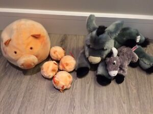 Mom and baby stuffed animals Donkeys and Pigs