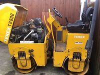 TEREX TV800 roller with the option Ifor Williams trailer