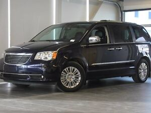 2012 Chrysler Town & Country Limited-Moon Roof-Nav-Power Fol