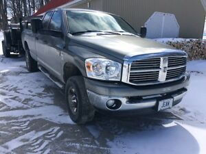 2008 Dodge Power Ram 2500 Camionnette