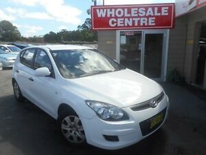 2012 Hyundai i30 GD Active 1.6 CRDi White 6 Speed Automatic Hatchback Edgeworth Lake Macquarie Area Preview