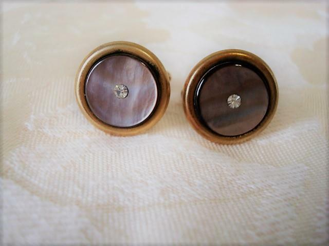 Vintage Gold Tone and Gray Mother Of Pearl Shell Cuff Links Clear Rhinestones