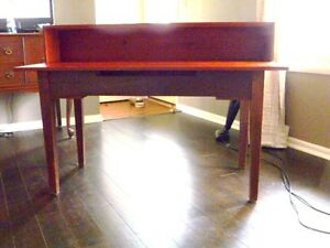 Knitting Machine Table
