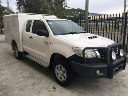 Toyota Hilux Xtra Cab 2013 Diesel 4x4 fitted with Pacific Bodyworks service body & Lyco loader Seven Hills Blacktown Area Preview
