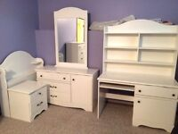 KID'S 7 PIECE BEDROOM SUITE