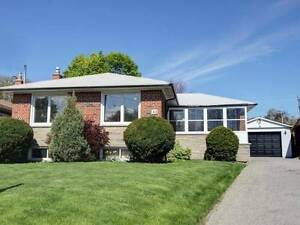 3  BEDROOM HOUSE  FOR  SALE IN SCARBOROUGH519000.00