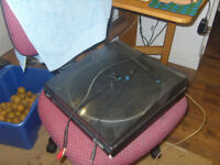 Free Record Player With Jack Plugs Needs Speakers and Drive Belt