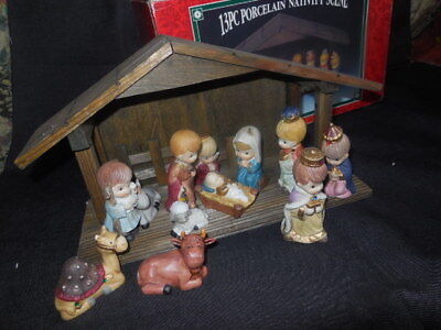 Children's Nativity Set 13 Pieces Wood Stable Christmas Porcelain Figures