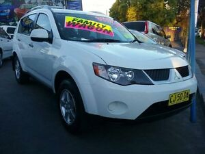 2008 Mitsubishi Outlander ZG MY08 LS White 6 Speed CVT Auto Sequential Wagon Greenacre Bankstown Area Preview