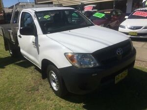 2007 Toyota Hilux TGN16R MY07 Workmate White 5 Speed Manual 2D Cab Chassis Yagoona Bankstown Area Preview