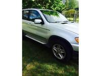 2003 BMW X5 4.4i   LUXURY SUV  AT IT'S FINEST!  (EXCELLENT!)