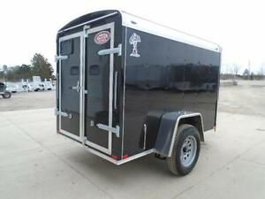 SMALL ENCLOSED CARGO TRAILER - 2016 ATLAS 5X8 - BUILT STRONG London Ontario image 5