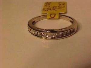 #1231-14K WHITE GOLD ACCENT BAND 10 DIAMONDS SIZE 5 5/8-SELL 195.00-FREE SHIPPING AND LAYAWAY-INTERAC BANK TRANSFER ACCE