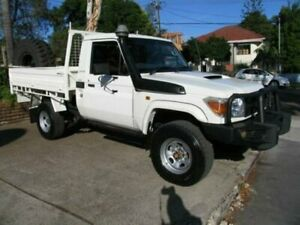 2014 Toyota Landcruiser VDJ79R 09 Upgrade GX (4x4) White Cab Chassis Roselands Canterbury Area Preview