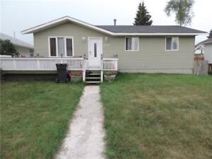 Great Family Home - Many Upgrades - lower 2 bedroom suite