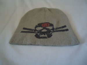 Beige Toque with Gray Skull Size 6-8 Years!